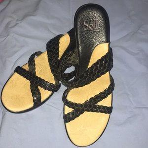Sofft black shoes